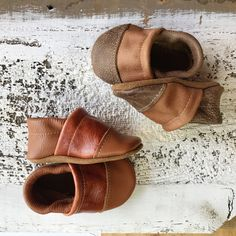 Starry Knight Design shoes are handmade in Montana USA by a team of local women with high-quality 100% leather and suede. Since 2008, We have been designing ...