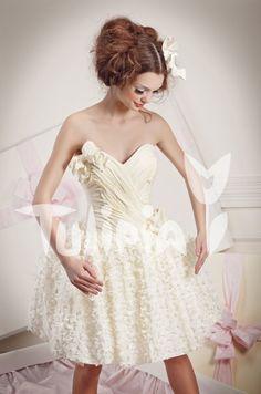 Tulipia Happy - Kortni White Dress, Wedding Dresses, Happy, Fashion, Bride Dresses, Moda, Bridal Gowns, Fashion Styles, Weeding Dresses