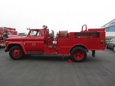 Chevy trucks aficionados are not just after the newer trucks built by Chevrolet. They are also into oldies but goodies trucks that have been magnificently preserved for long years. Fire Dept, Fire Department, C10 Trucks For Sale, Brush Truck, Cool Fire, Fire Equipment, Rescue Vehicles, Classic Chevy Trucks, Fire Apparatus