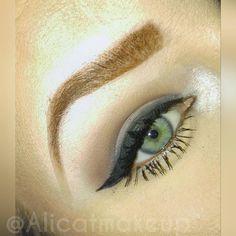 Neutral eye with smoked out liner. 🔪 Delete Commentalicatmua#makeup #instamakeup #cosmetic #cosmetics #TagsForLikes #fashion #eyeshadow #lipstick #gloss #mascara #palettes #eyeliner #lip #lips #tar #concealer #foundation #powder #eyes #eyebrows #lashes #lash #glue #glitter #crease #primers #base #beauty #beautiful