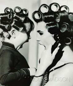 IF i ever have a daughter let alone a kid, we'd definitely look like this in the Dominican salon.