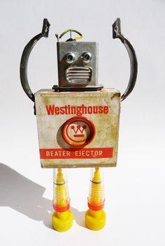 Robots hechos a partir de piezas recicladas