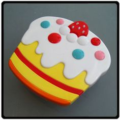 Cake Lunch Case (Iced)