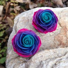 "Ombre Rosebud Plugs - 4g to 2""- Gauges by PeachTreats on Etsy https://www.etsy.com/listing/221471982/ombre-rosebud-plugs-4g-to-2-gauges"
