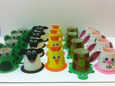 Dieren bekers van foam. Summer Crafts, Crafts For Kids, Cup Crafts, Christian School, Craft Club, Bird Cages, Clay Pots, Puppets, Paper Art