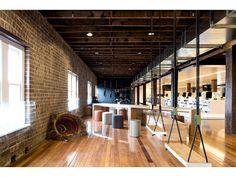 Ansarada-by-Those-Architects-421868-xl.jpg (600×450)
