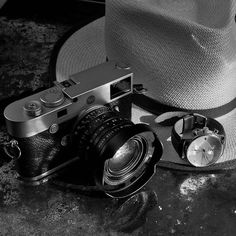 Ready for new #adventure with the #leicam10 - look out for videos and articles in the next days at overgaard.dk (sign up for the newsletter). #vintage #watch by @aboutvintageofficial hat bu @jjhatcenternyc #strap by @tieherupstraps #summilux with #ventilated #shade (view on Instagram http://ift.tt/2ptSYIl)