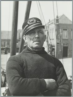 Bootreis Enkhuizen-Urk: portret van kapitein Louwe van Dokkumvolgens het bijschrift een typische Noord-Hollander)