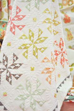 Starstruckmirabelle {beautiful quilt! I would love this with a little brighter colors}