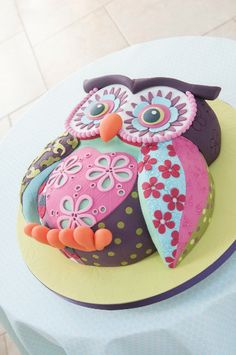 Happy Birthday...again! Oh, the owl cakes will keep coming, hope you're hungry! owl-cake-lindy-smith