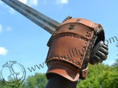 LEATHER GAUNTLET for sword fight, for right hand