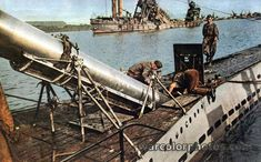 Loading torpedo