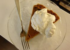Bobby Flay's Throwdown Pumpkin Pie with a Graham Cracker crust and Maple-Bourbon Whipped cream. A great take on a classic! Graham Cracker Crust, Graham Crackers, Whipped Cream, Ice Cream, Happy Thanksgiving, Bourbon, I Foods, Bobby, Pie