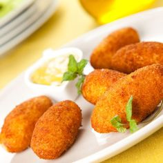 ham and cheese croquettes typical Spanish cuisine stock photography Chorizo Recipes, Cuban Recipes, Sweet Recipes, Vegetarian Recipes, Mince Recipes, Freezer Cooking, Cooking Recipes, Finger Foods For Kids, Salads