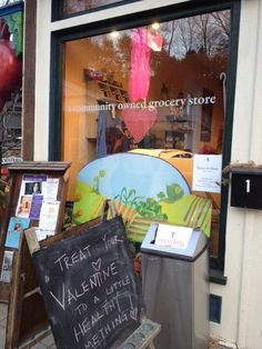The Local Beet food-co-op and Just Food juice bar in Chester CT--I'm a proud member of the co-op!