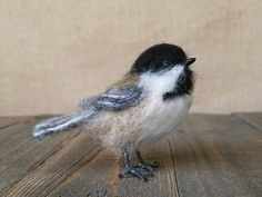 Your place to buy and sell all things handmade Bird Sculpture, Soft Sculpture, Needle Felted Animals, Felt Animals, Needle Felting Tutorials, Felt Birds, Nuno Felting, Felt Hearts, Miniatures