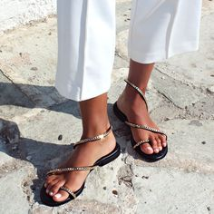 Flattering, comfy and so chic! Sandals to wear all day long! 🍉😍☀️😍🌛⛱️ #papanikolaoushoes #komisandkomis #leathershoes #sandals #summershoes Summer Shoes, Stuart Weitzman, Leather Shoes, Comfy, Sandals, Chic, Heels, How To Wear, Fashion
