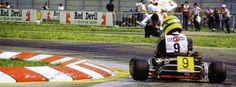 Galeria de Fotos: Ayrton Senna em sua época de Kart | VeloxTV