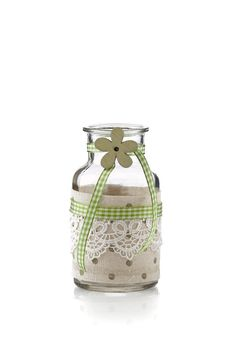 Ländliche & rustikale #Deko #Glas im #Landhausstil. Shabby, Vase, Home Decor, Glass Bottles, Home Canning, Cottage Chic, Rustic, Decoration Home, Room Decor