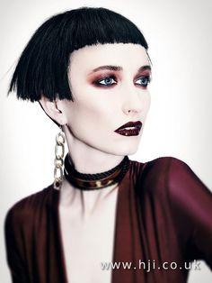 Akin Konizi - British Hairdresser of the Year Collection 2016 - HJI Work Hairstyles, Hairstyles With Bangs, Witchy Hair, Short Grunge Hair, Tom Ford Makeup, Corte Bob, Short Bangs, Beauty Portrait, Make Up Looks