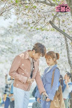 Love you sarange and stupid love send claryou Korean Drama Quotes, Korean Drama Movies, Korean Dramas, Korean Actresses, Korean Actors, Actors & Actresses, Park Bo Young, Park Hyung Sik, Strong Girls