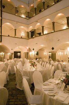 Schloss Amerang: Schlosshof