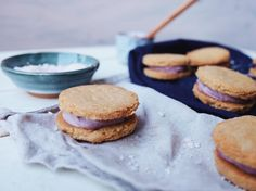 Ginger & Berry Cookie Sandwiches - Vegan & Paleo Cookie Sandwiches, Runner Beans, Few Ingredients, Vegan Desserts, The Fresh, Dairy Free, Paleo, Strawberry, Sweets