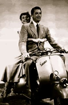 """Gregory Peck and Audrey Hepburn in """"Roman Holiday"""" #Vespa #RomanHoliday"""