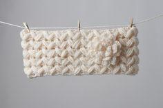 Zigzag Headband with Puffy Flower pattern by Tanya Beliak