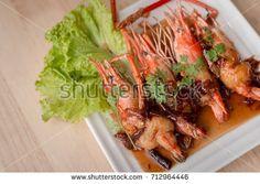 Thai food, Fried shrimp with tamarind sauce