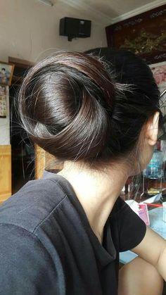 Untitled Bun Hairstyles For Long Hair, Braids For Long Hair, Braided Hairstyles, Silver Blonde Hair, Dark Hair, Bad Hair Extensions, Long Hair Drawing, Long Indian Hair, Hair Color Caramel