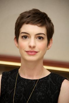 Anna Hathaway | Hairstyles To Try Before You Die - Yahoo OMG! Philippines