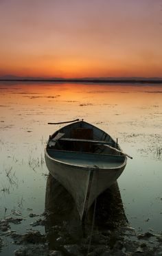 Untitled by tolga özdemir, via Sunset Photography, Landscape Photography, Lighthouse Pictures, Lake Pictures, Old Boats, Boat Painting, Water Art, Wooden Boats, Beach Scenes