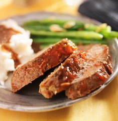 How to make meatloaf: Chefs answer your questions, such as how long to cook meatloaf, and share easy, homemade meatloaf recipes for classic, stuffed and turkey meatloaf. Turkey Loaf, Turkey Meatloaf, Chicken Meatloaf, Homemade Meatloaf, Meatloaf Recipes, Steak Recipes, Food Network Recipes, Cooking Recipes, Drink Recipes
