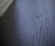 We chose Torlys Everest Premier Cityscape White Oak flooring for the model. As good if not better than wood. Design: Jo-Ann Capelaci Builder: Geranium Homes Unique Flooring, Laminate Flooring, Hardwood Floors, White Oak Floors, Workout Rooms, Model Homes, Geraniums, Hallways, Ground Floor