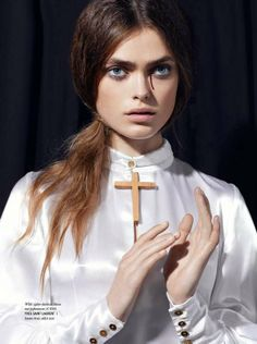 """Avantgarde Magazine December 2011 """"Holy Mary"""" featuring Sophie Vlaming photographed by Klaas Jan Kliphuis Madonna, Losing My Religion, Saints And Sinners, Holy Mary, Mode Editorials, Fashion Editorials, Mystique, Couture, Editorial Fashion"""