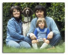 Kate Beckinsale with parents, Judy Loe & Richard Beckinsale. Kate Beckinsale, Richard Beckinsale, Rising Damp, Famous Men, Movie Photo, Celebs, Celebrities, Back In The Day, Year Old