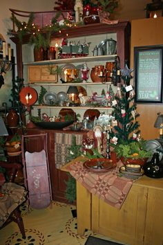 Primitive Christmas decor!!