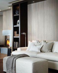 """587 Likes, 1 Comments - Slettvoll (@slettvoll_no) on Instagram: """"Essex sofa med Capri pall. Her vist som en tre-seter i lys tekstil, men den kan leveres i en mengde…"""""""