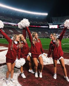 College cheerleaders are filled with school spirit on campus. Dressed in short skirts and oversized cheerleading bows they are always hanging together. One way to identify a true school cheerleader is by the oversized bows hanging from their book bags. Cheer Team Pictures, Cheerleading Pictures, Softball Pics, Volleyball Pictures, Cheer Picture Poses, Cheer Poses, High School Musical, Cheerleading Stunts, High School Cheerleading