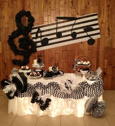 ideas for music theme birthday party design Music Theme Birthday, Rockstar Birthday, Music Themed Parties, Sweet 16 Birthday, 16th Birthday, Birthday Party Themes, Birthday Cakes, Disco Party, Rock Star Party