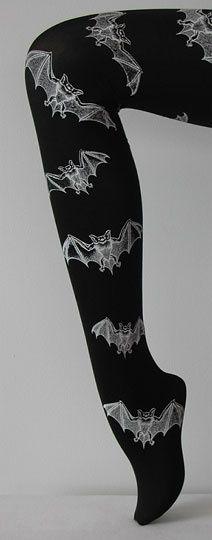 I HATE wearing tights but these are cool :) Mode Alternative, Alternative Fashion, Gyaru, Dark Fashion, Gothic Fashion, Pin Up, Grunge, Batik, Girly