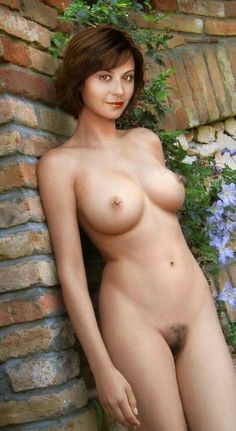 Parsian shown pussy pic