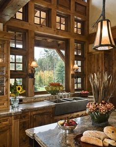 Rustic Kitchen Design Ideas - Canadian Log Homes Beautiful Kitchens, Beautiful Homes, House Beautiful, Cabin Design, Rustic Design, Tuscan Design, Modern Design, Design Case, Home Fashion