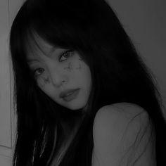 Kim Jennie, Blackpink Video, Foto E Video, Horse Girl Photography, Cute Girl Face, Blackpink Photos, Blackpink Fashion, Bad Girl Aesthetic, Queen