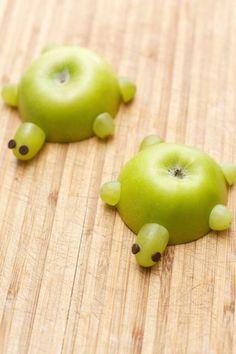 Gekke, leuke, grappige maniertjes om fruit te presenteren. Nummer 4 zal een glimlach op gezichten toveren!