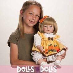 Nuestra muñeca Adora Pin A Four Seasons también está preparada para cualquier estación del año ya que va acompañada de cuatro vestiditos, uno para cada estación (otoño, invierno, primavera y verano), así podrás hacer de tu muñeca la más especial cada estación del año. #Dolls #Doll #Bonecas #Poupées #Bambole #AdoraDolls #Adora #MuñecasAdora #muñeca #muñecas #regalo #colección #coleccionista #VentaOnLine #Otoño