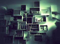 Mijn muur van houten kisten
