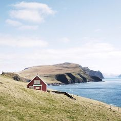 After a two hour hike on the island of Mykines I truly felt like I was at the end of the world. Far across the sea to the West was Greenland, and to the East, Norway. At that moment I wanted nothing more than to make this little home my own. - @jebrinks  #FaroeIslands #VisitFaroeIslands