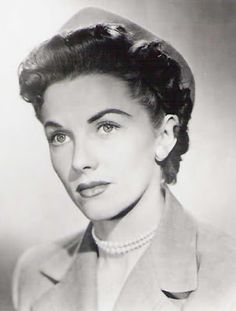 1940s lois lane    phyllis coates  was the first lois lane